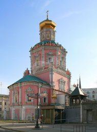 Собор Богоявленского монастыря, 1624 г., 1693 г. В интерьерах — барельефы начала XVIII в.