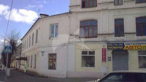 Здание, где в 1918-1919 гг. размещался штаб 14-го стрелкового полка, который принимал участие в разгроме войск Колчака и Деникина.