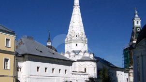 Больничная палата с церковью Зосимы и Савватия, Ансамбль Троице-Сергиевской лавры
