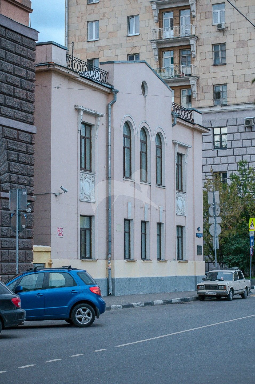 Главный дом, 1912-1914 гг., архитектор В.Д. Адамович