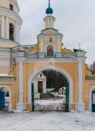Ворота северные ограды церковного комплекса, усадьба Гребнево, XVIII-ХIX вв.