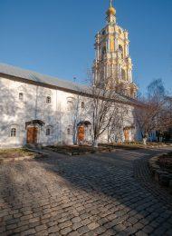 Братский корпус восточный, Ансамбль Новоспасского монастыря