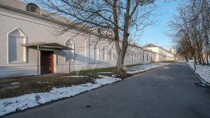 Служебный корпус у Задних ворот (каретный сарай), Измайловская (Николаевская) военная богадельня, 1835 г., арх. К.А. Тон