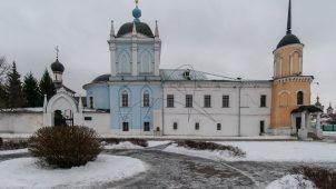Ограда, Ансамбль Ново-Голутвинского монастыря, ХVII-ХVIII вв.