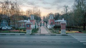 Два столба при въезде, XIX в., усадьба Воронцова