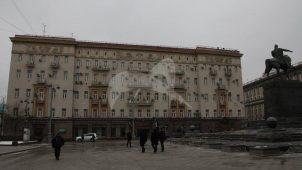 Гостиница «Дрезден», середина XIX в., 1930-е гг.. Здесь в XIX в. жили композитор Шуман Р., писатели Тургенев И.С., Некрасов А.Н., в 1916 г. в гостинице умер художник Суриков В.И.