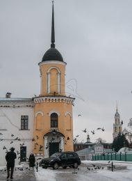 Северо-западная башня,  Ансамбль Ново-Голутвинского монастыря, ХVII-ХVIII вв.
