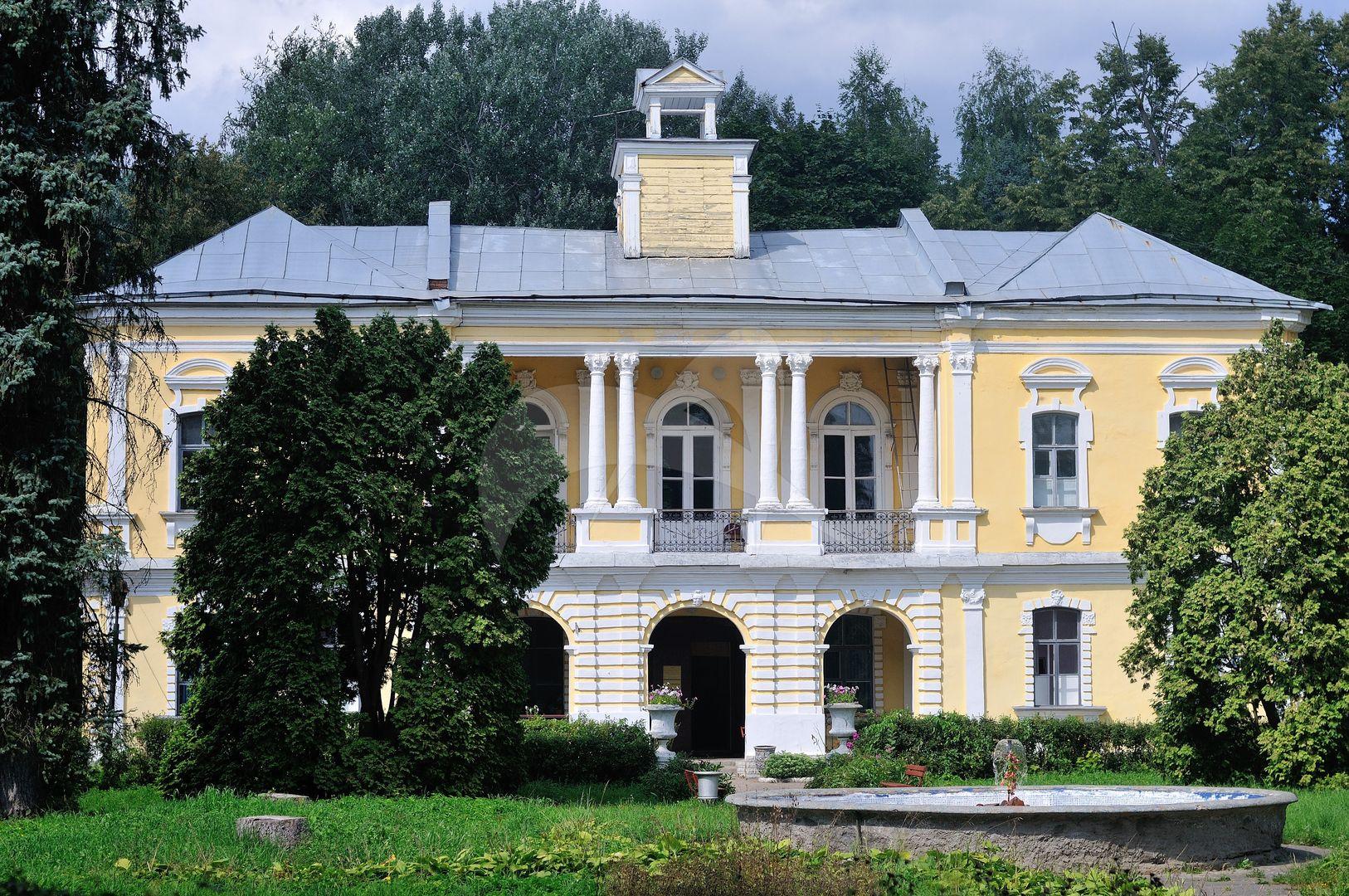 Главный дом-дворец, усадьба Глинки (Брюса), 1728-1733 гг.