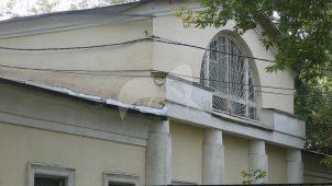 Северо-западный жилой флигель конного двора, ансамбль подмосковной усадьбы «Люблино», конец XVIII — начало XIX вв.