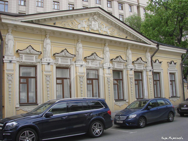 Главный дом, 2-я половина XVIII в., 1820-е — 1830-е гг., 1885-1886 гг., арх. Н.П. Краснов