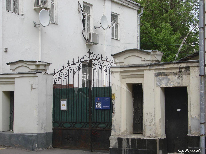 Ограда с воротами, XIX в., городская усадьба, XIX в., арх.-худ. К.И. Андреев