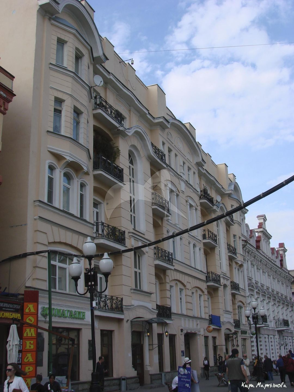 Доходный дом А.И. Титова, 1904 г., арх. Н.Н. Боборыкин. В этом доме в 1910-е гг. жил и работал художник С.В. Иванов