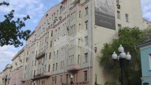 Доходный дом В.П. Панюшева, 1912 г., арх. А.А. Иванов-Терентьев. Здесь в 1919-1933 гг. жил писатель А.Н. Рыбаков