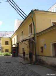 Восточный корпус, 1856-1857 гг., хозяйственные корпуса городской усадьбы, середины XIX в.