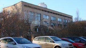 Корпус для кружковых занятий с обсерваторией и панно «Небо» на парковом фасаде, 1962 г., дворец пионеров и школьников им. 40-летия Всесоюзной пионерской организации