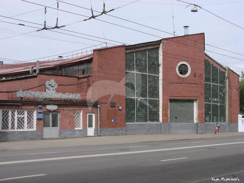 Гараж для грузовых машин, 1929-1931 гг., арх. К.С. Мельников