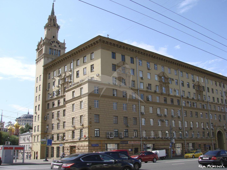 Жилой дом, 1949-1951 гг., арх. И.В. Жолтовский