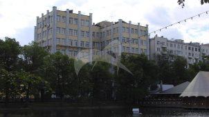 Здание Кожсиндиката, 1925-1927 гг., надстройка 1948 г., арх. А.П. Голубев, инж. Е. Израилович