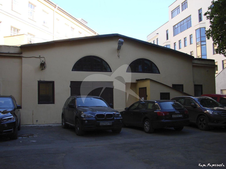 Службы, собственный дом архитектора А.Г. Григорьева