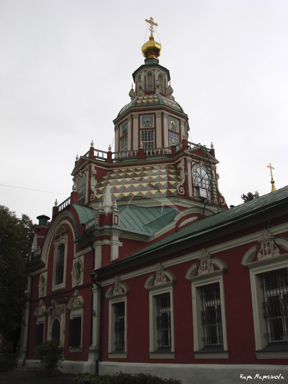 Церковь мученика Иоанна Воина, 1709 -1717 гг., вероятный арх. И.П. Зарудный. Ограда, 1754 г.