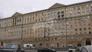 Дом, в одной из квартир которого в 1954-1956 гг. жил художник П.П. Кончаловский