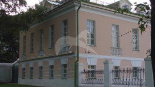 Службы (два корпуса), начало XIX в., Екатерининская больница у Петровских ворот (дом Гагарина)