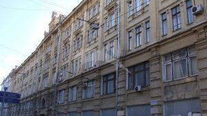 «Большая Сибирская гостиница» Н.Д. Стахеева, 1900 г., арх. М.Ф. Бугровский. Здесь в 1926 году жил писатель А.П. Платонов