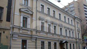 Дом, в котором в кв. № 5 в 1937-1941 гг. жил и работал писатель Гайдар А.П.
