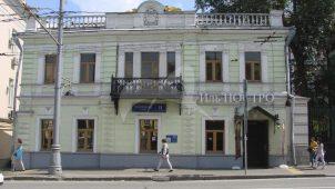 Доходный дом, перестройка 1878 г., арх. М.И. Никифоров. Бывший доходный дом Зимулина.