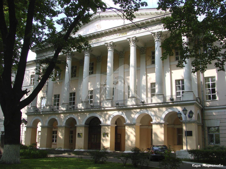Александровский институт, 1809-1811 гг., арх. И.Д. Жилярди