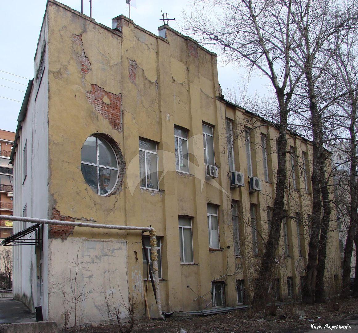 Здание бывшей конторы «Новосухаревского рынка», 1927-29 гг., арх. К.С. Мельников