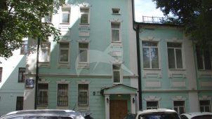 Дом известного графика и театрального художника И.И. Нивинского, который жил и работал здесь в 1912-1933 гг.