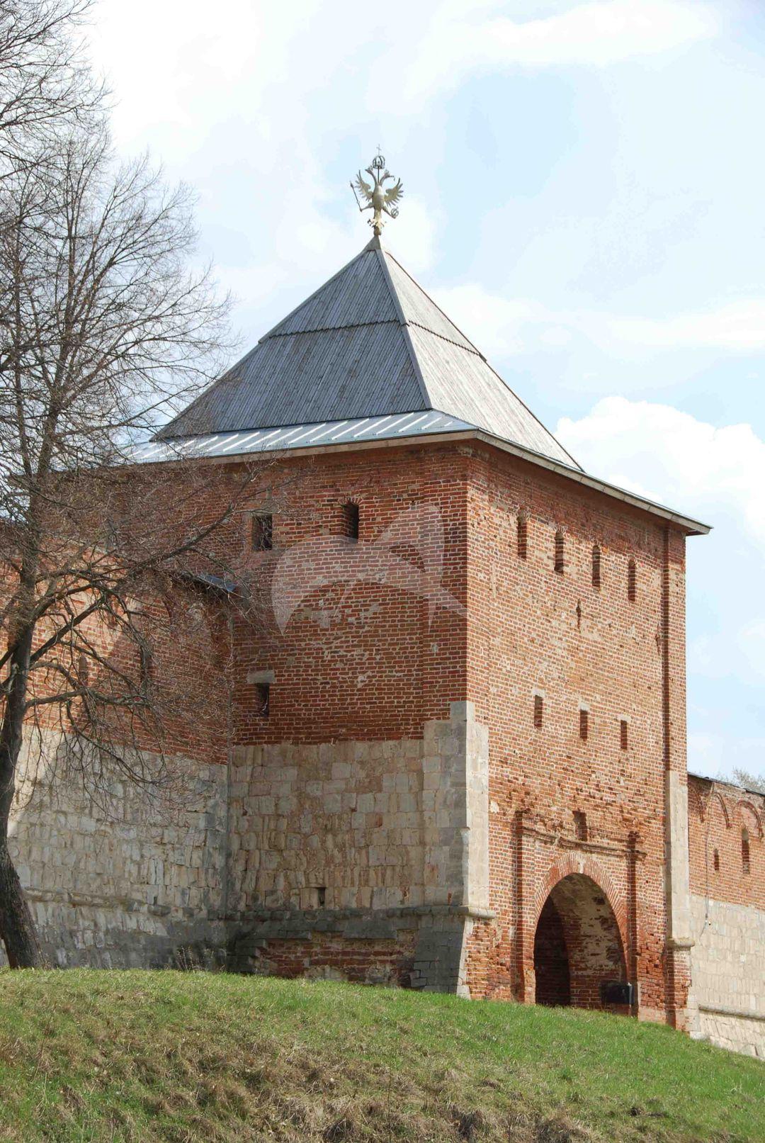 Богоявленские ворота, 1531 г., Ансамбль Зарайского кремля