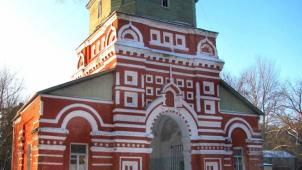 Монастырь Александро-Мариинский, конец XIX в.: 1. святые ворота с надорванной церковью; 2. церковь Тихвинской иконы Божией Матери