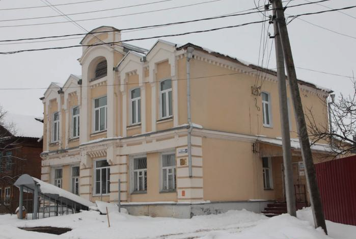 Дом жилой купца ХаритоноваА.Х. с торговыми лавками, 1906 г.