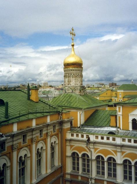 Церковь Лазаря, 1393 г.  Церковь Рождества на Сенях, 1516 г., арх. Алевиз. Перестроена в 1864 г. Ансамбль Московского Кремля