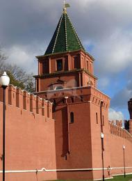 Петровская башня, ансамбль Московского Кремля