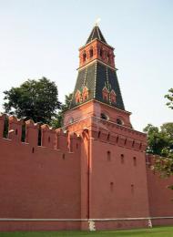 Первая Безымянная башня, ансамбль Московского Кремля