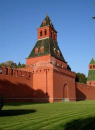 Тайницкая башня, ансамбль Московского Кремля