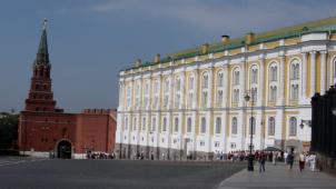 Оружейная палата, 1851 г., арх. К.А. Тон, ансамбль Московского Кремля. Построена на месте Конюшенного двора и башни с часами XVII в.