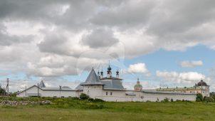 Здание «каретного сарая», ансамбль Белопесоцкого монастыря, XVII в.