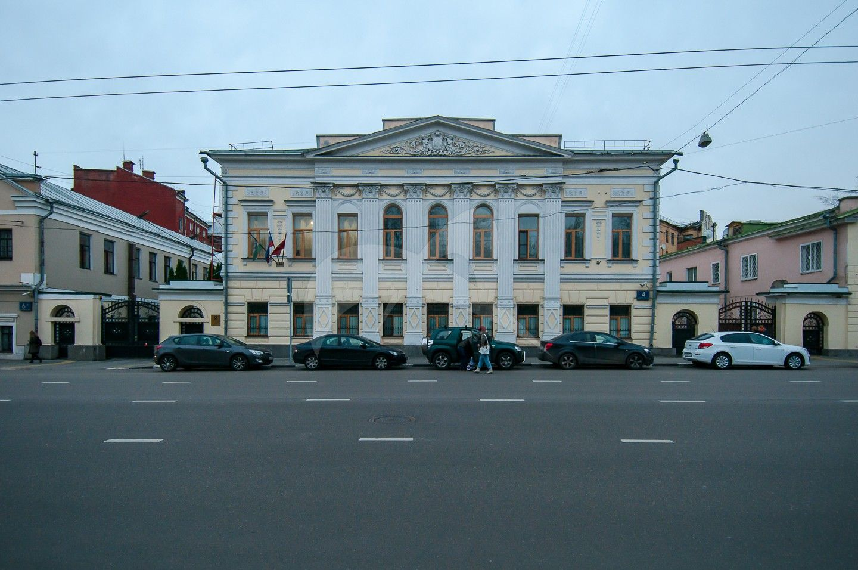 Главный дом, дома с флигелем, служебными корпусами, воротами, начало XIX в.