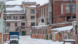 Западный флигель, комплекс зданий старых корпусов Купавинской тонкосуконной фабрики, где с 1894 по 1917 годы проходили революционные выступления рабочих