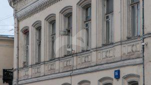 Городская усадьба А.П. Карамышевой — доходное владение К.Е. Ценкер