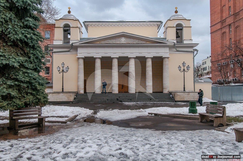 Церковь Людовика, 1830 г., арх. Д.И. Жилярди