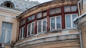 Дома с квартирой, в которой жил Зелинский Николай Дмитриевич в 1893-1911 и 1917-1950 гг.  В квартире — мемориальный музей Н.Д. Зелинского