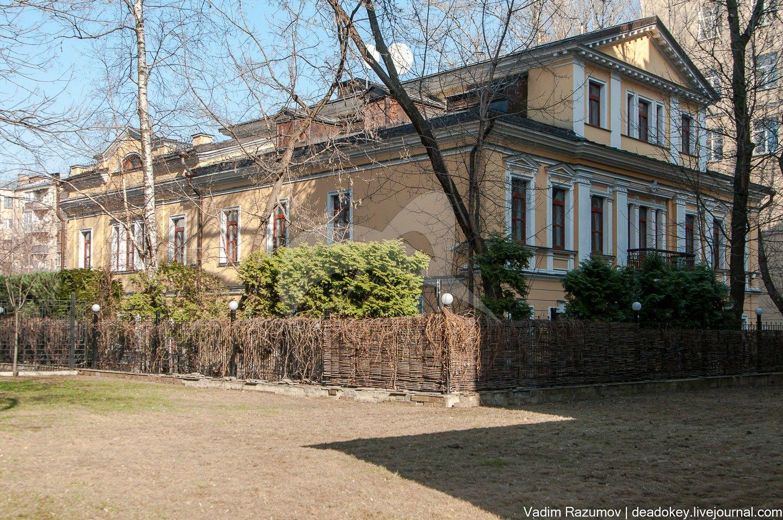 Главный дом городской усадьбы Н.П. Смирнова,  XIX в.