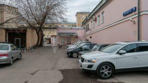Главный дом городской усадьбы М.Л. Лазарева, 1779 г., 1808 г.; с 1850-х годов — главный корпус Сретенского частного дома