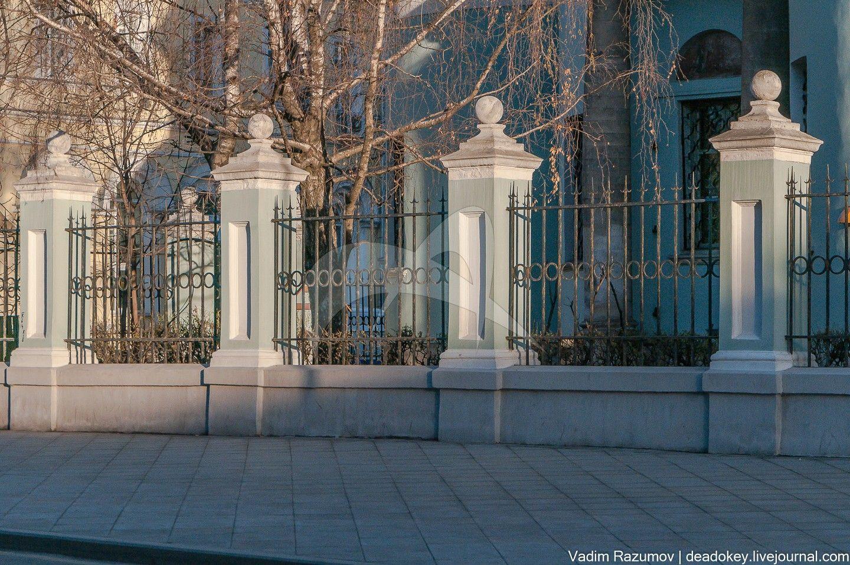 Остатки ограды, церковь Косьмы и Дамиана, 1791-1803 гг., арх. М.Ф. Казаков