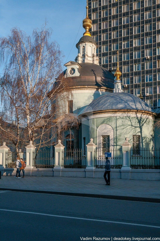 Церковь Косьмы и Дамиана, 1791-1803 гг., и остатки ограды, арх. М.Ф. Казаков